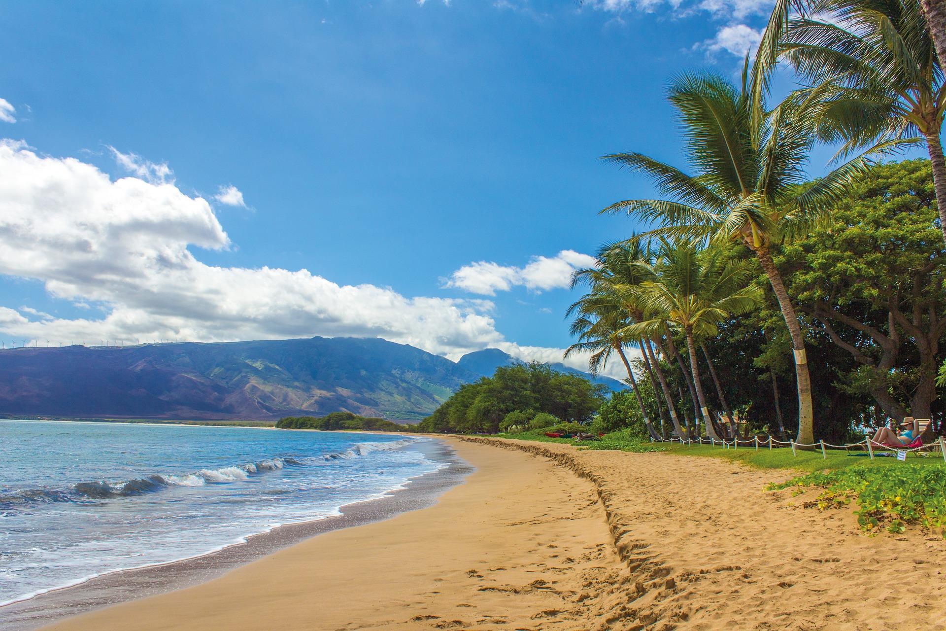 Canada Hawaii Travel Deal