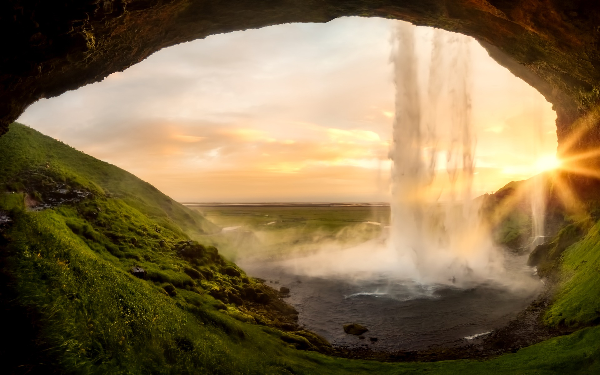 Iceland Travel Deal